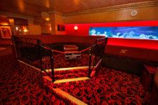clubtour-booths03